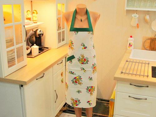 Kuchyňská zástěra -  že by už Velikonoce 2 ?