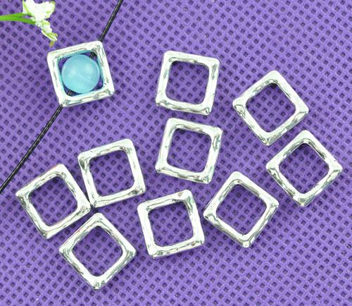 rámeček na korálek čtverec/ stříbro /12x12mm/  4ks