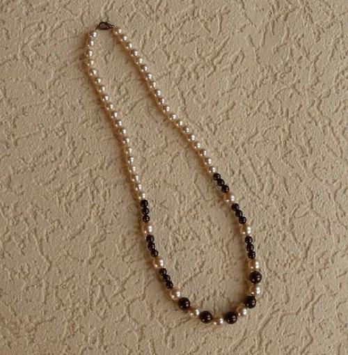 náhrdelník   - perle hnědé mini