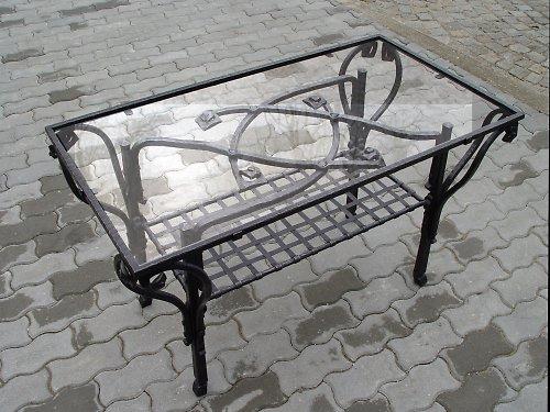 Kovaný konferenční stůl