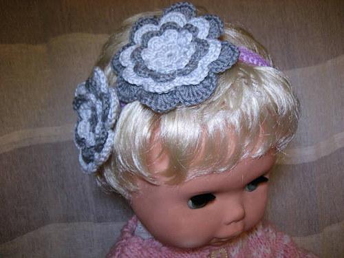 Háčkovaná čelenka s kytkami-šedá/lila
