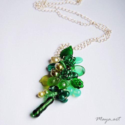 Zelený dlouhý náhrdelník - SLEVA ze 188!