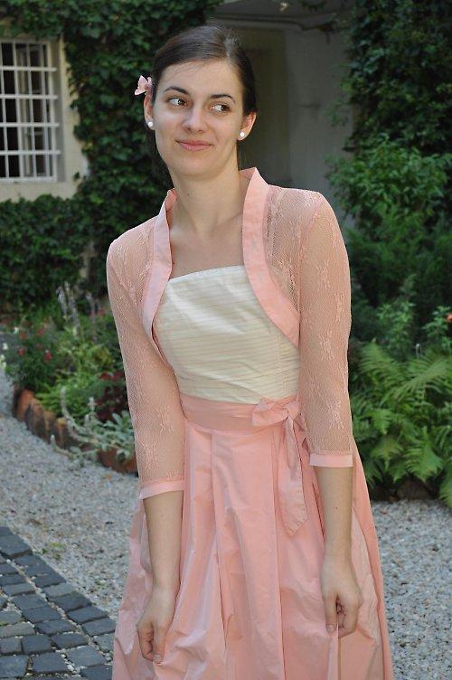 Šaty cibulky ružovo biele
