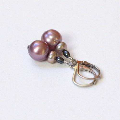 Náušnice s fialovými slad. perlami, chir. ocel