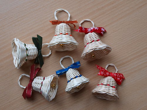 Vánoční zvonečky s korálky