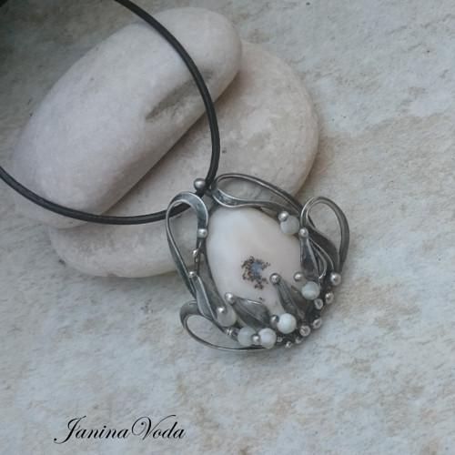 ...KARLE...  náhrdelník