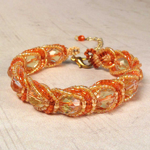 Macramé náramek Magdaléna oranžový