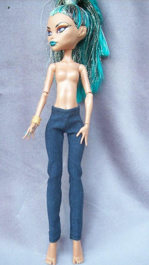 Slim džíny pro Neferu