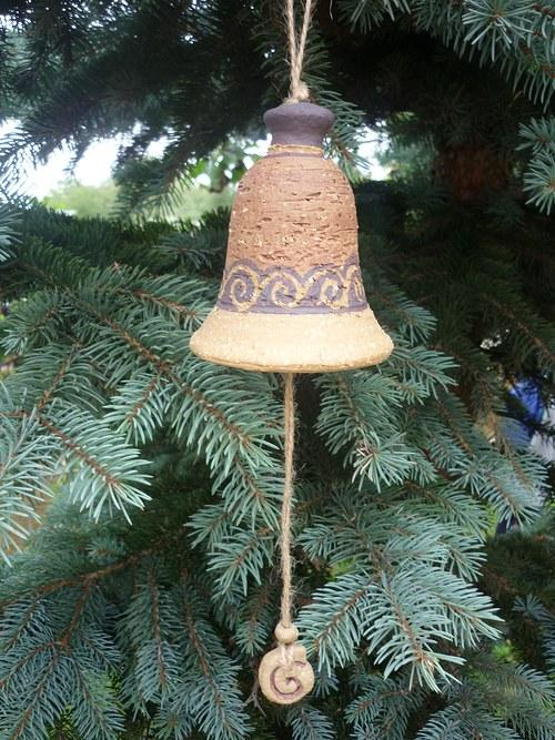 Keramický zvon -s ulitami-červený-10cm