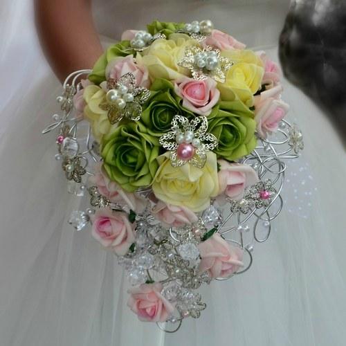 Svatební kytice Růže po dešti + korsáž
