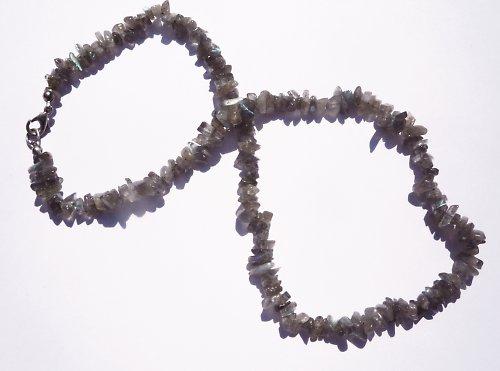 Labradorit zlomky 10 cm návlek (cca 35 ks)