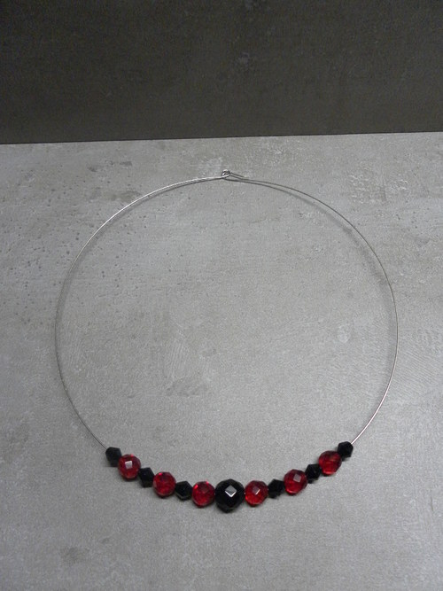 Černo-červené kamínky