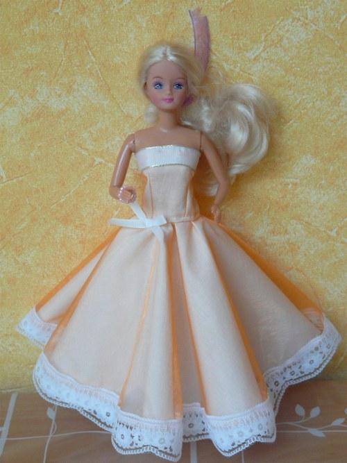 Šaty pro princeznu - meruňkové