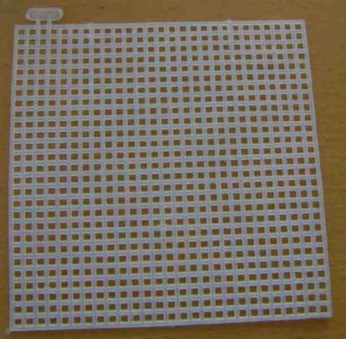 Plastová kanava - čtverec - 10x10cm