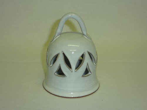 zvonek vyřezávaný bílý