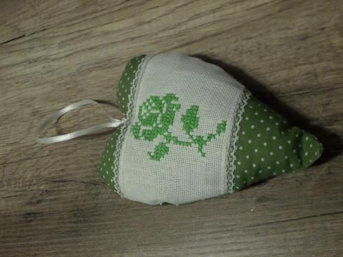 srdíčko s růží - zelené puntík