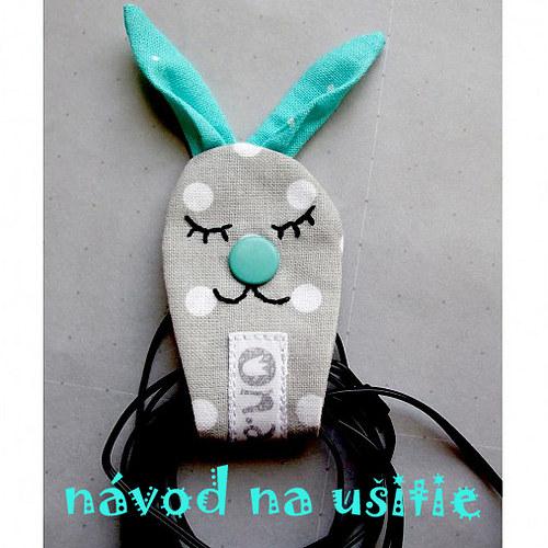 Sluchátkový zajko Albert - návod na ušitie