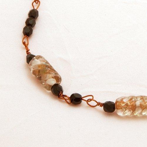Náhrdelník zlaté vinuté perle
