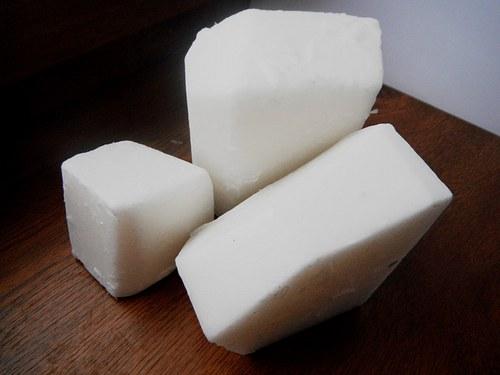 mýdlová hmota s kozím mlékem