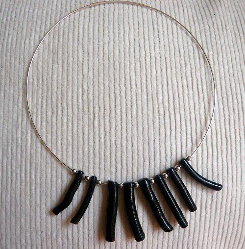 Náhrdelník s černým korálem Ag 925/1000