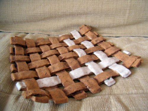 keramická pletená mísa