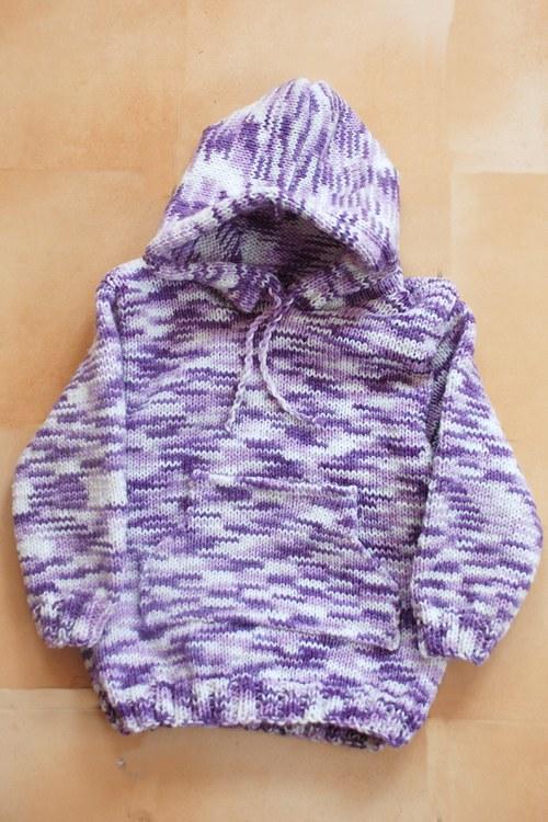 Dětský svetr s kapucí