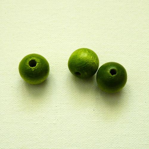 Korálky zelené kuličky - dřevo 3 ks
