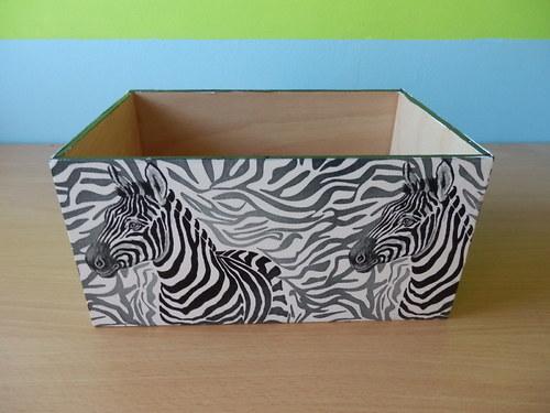 Zásobník na DVD Zebry