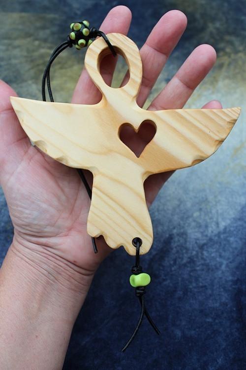 NA OCHRANU I PRO ŠTĚSTÍ :) dřevěný anděl 11.