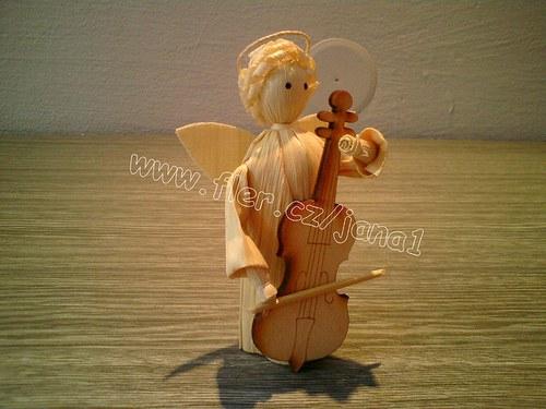 Anděl s basou