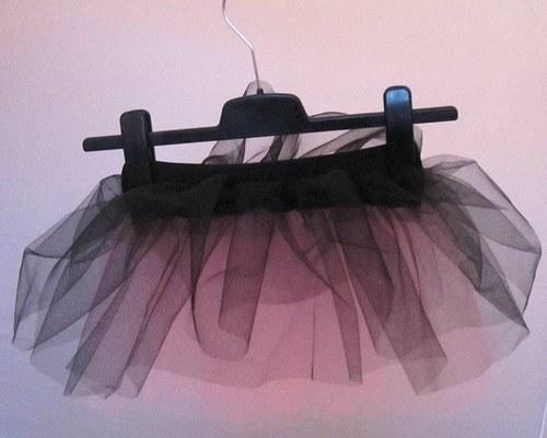 Baletní sukně černo-sětle růžová (6-10 let)