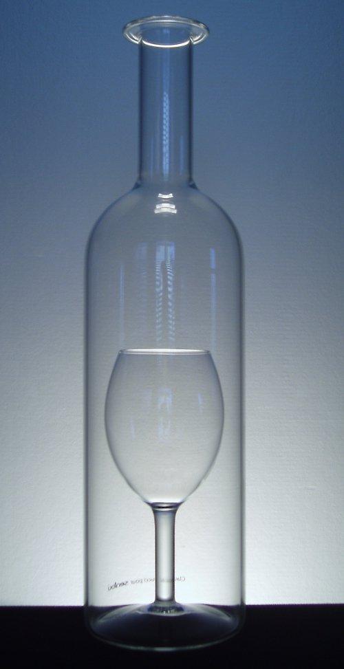 láhev s SKLENIČKOU 0,75 l
