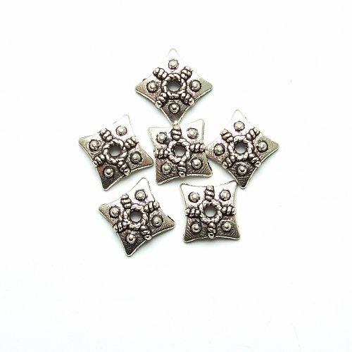 Kaplík čtvercový  tibetské stříbro 6 ks