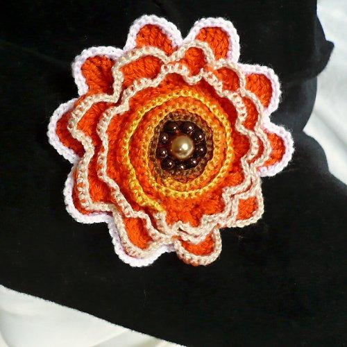 Brož Oranžový květ