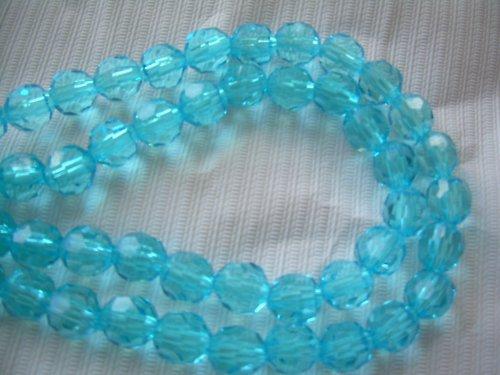 Světle modrý plastový korálek - 5 ks