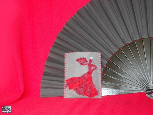 Plstěné pouzdro na smart phone-flamencový motiv