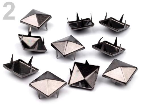 Cvočky na oblečení 12x12mm pyramida 5 ks
