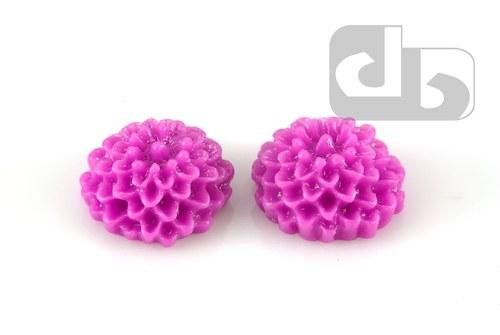 Květina 10 x 5 mm z pryskyřice 2 ks