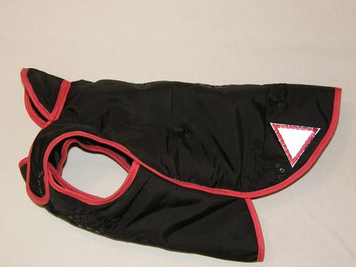 Zimní kabátek pro fenku 30 cm