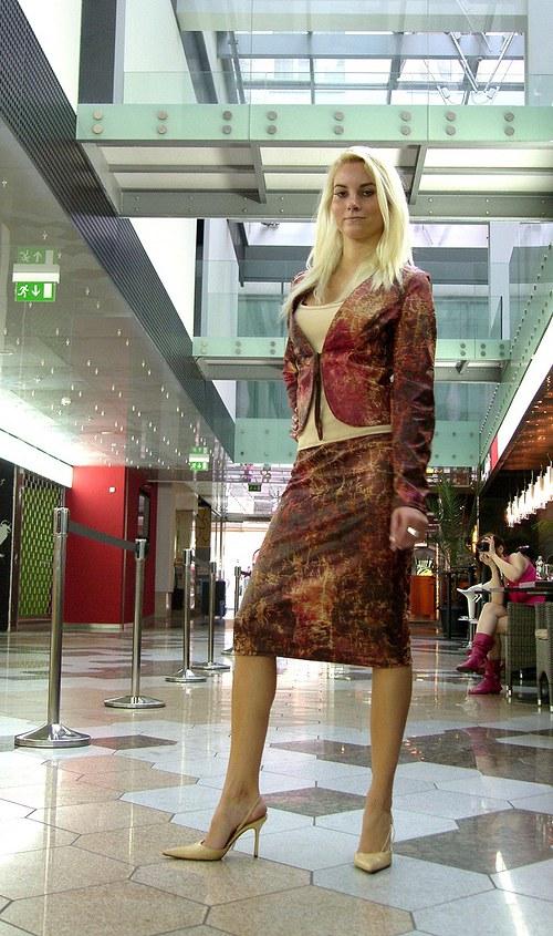 Sáčko a mini,nebo dlouhá sukně+dárek