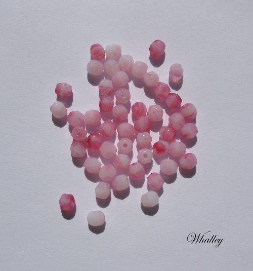 Korálky Ohňovky Milk Opal Pink 4 mm 50ks