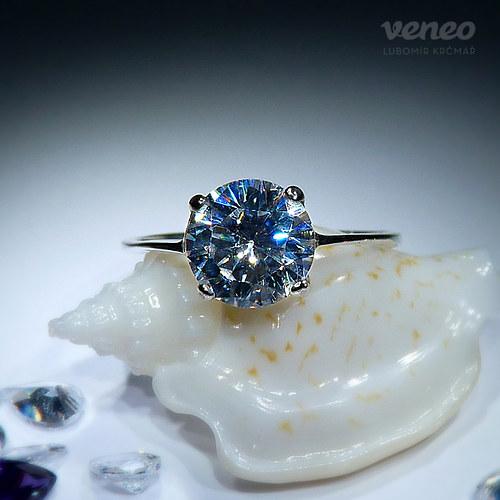 Diana 8 - prsten s čirým zirkonem