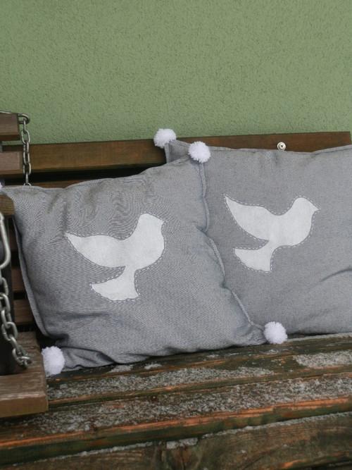 Polštář holubí s bambulkami - SPECIFIKACE V TEXTU!