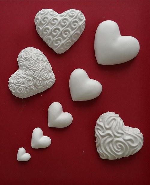 Sádrová dekorace srdce, srdíčko