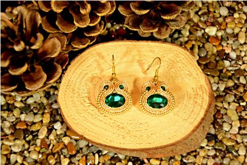 Sutaškové náušnice Emerald in gold
