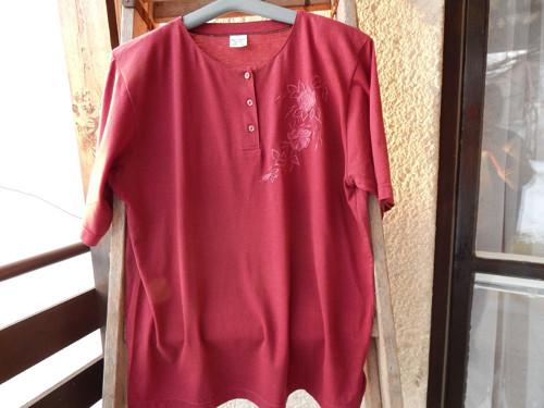 Dámské triko s výšivkou - XL