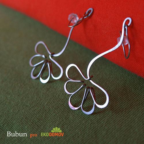 Náušnice houpavé květinky