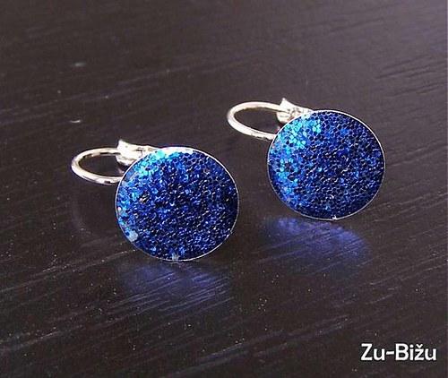 Modré trblietky :)