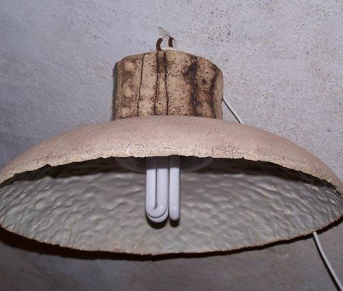 keramické stropní svítidlo..