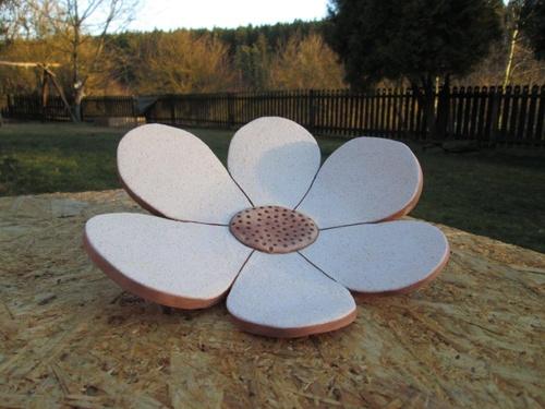 sada keramických misek - květiny